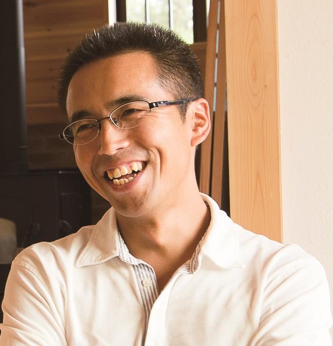 Masahiro Isogai / 磯貝 昌寛